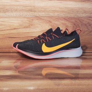 NEW NIKE ZOOM FLY FLYKNIT SHOES   WOMENS SIZE 8